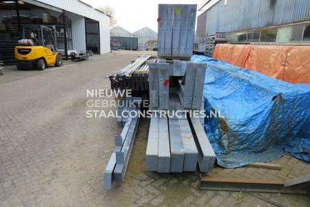 Mooie gebruikte kapschuur staalconstructie 16.00 x 30.00m (480m²)