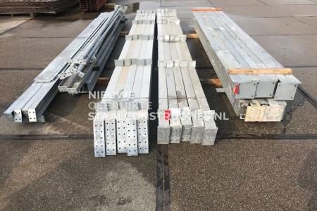 Mooie gebruikte staalconstructie 10.75 x 30.00m (322m²)