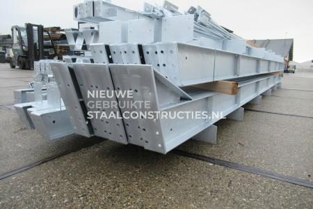 Nieuwe staalconstructie 14.00 x 30.00 meter (420m2)