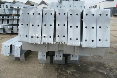 Nieuwe staalconstructie verzinkt 15.00 x 40.00m (600m²)