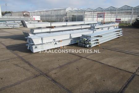 Nieuwe staalconstructie 18.00 x 50.00m (900m²)