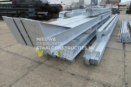 Nieuwe staalconstructie verzinkt 20.00 x 41.00 meter (820m2)