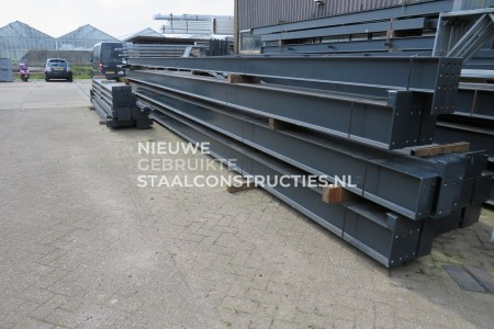 Z.G.A.N. staalconstructie 11.00 x 50.00m (550m²) Platdak