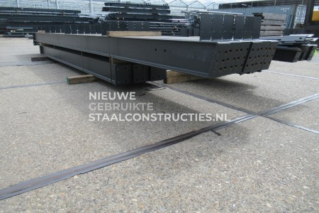 Z.G.A.N. staalconstructie 12.00 x 20.00m (240m²)
