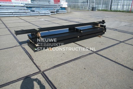 Z.G.A.N. staalconstructie 8.00 x 16.00m (128m²)